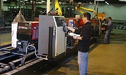 Lincoln-Electric-Welding-Robots-1