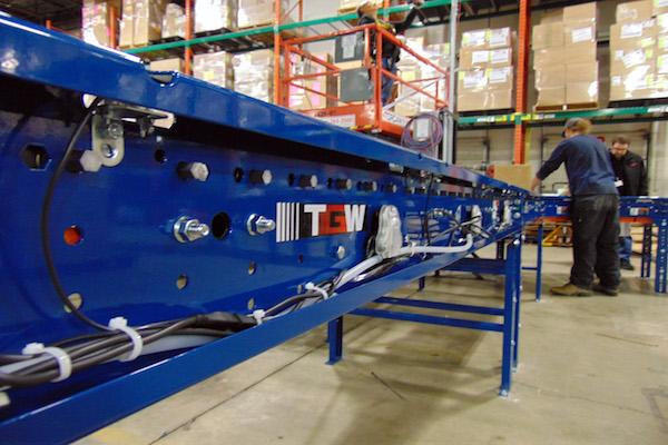 material handling conveyor systems