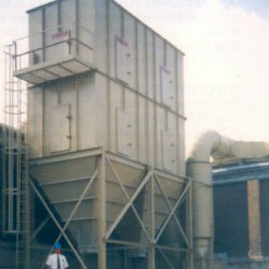 self-cleaning dust collector